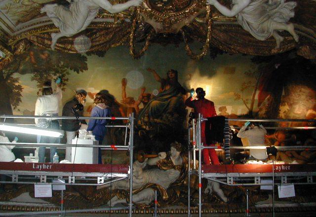 galerie-apollon-charles-le-brun-musee-du-louvre-6